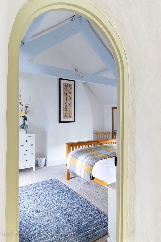 Main bedroom: 1 The Terrace, Rosebush ... by Kadi Berry Photography